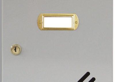 Buzón metalico vertical de interior de ferpasa. Puerta de color gris. El mas vendido en Valencia