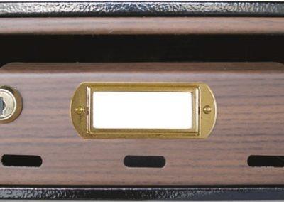 Buzón para comunidades metalico horizontal de interior de ferpasa. Decoracion nogal. El mas vendido en Valencia