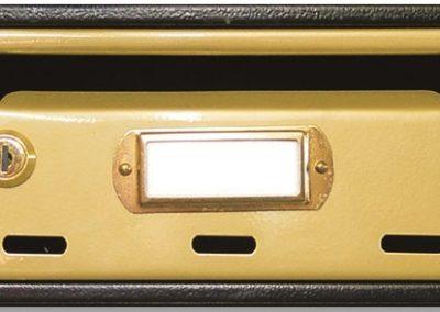 Buzón para comunidades metalico horizontal de interior de ferpasa. Oro doble lacado. El mas vendido en Valencia